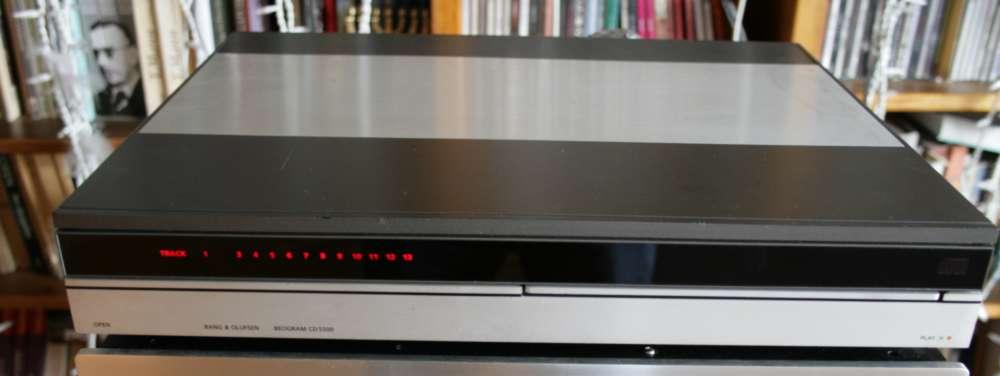 bang olufsen cd5500 cd player. Black Bedroom Furniture Sets. Home Design Ideas